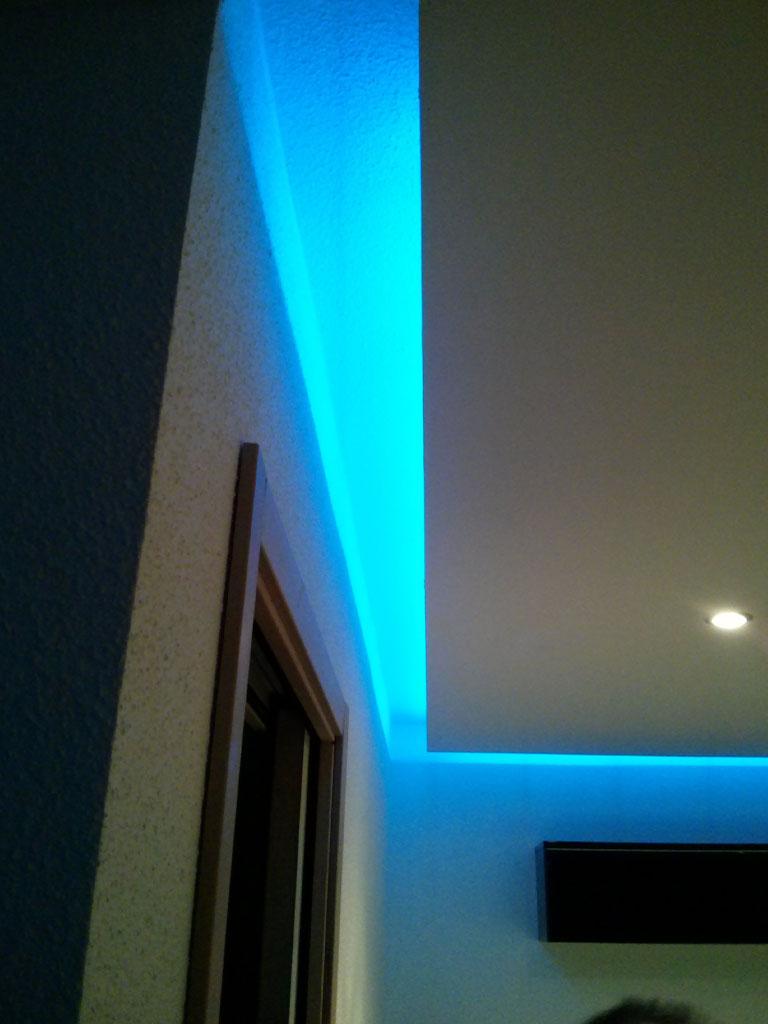 Aménagement intérieur : plafond pour éclairage indirect