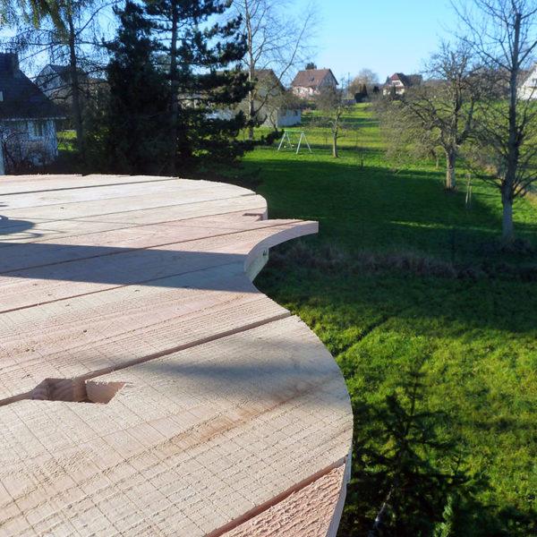 Cabane dans les arbres : découpe terrasse