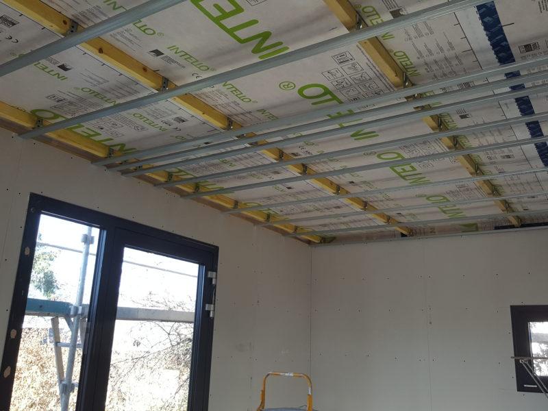 Système plafond à triple rail haute finition